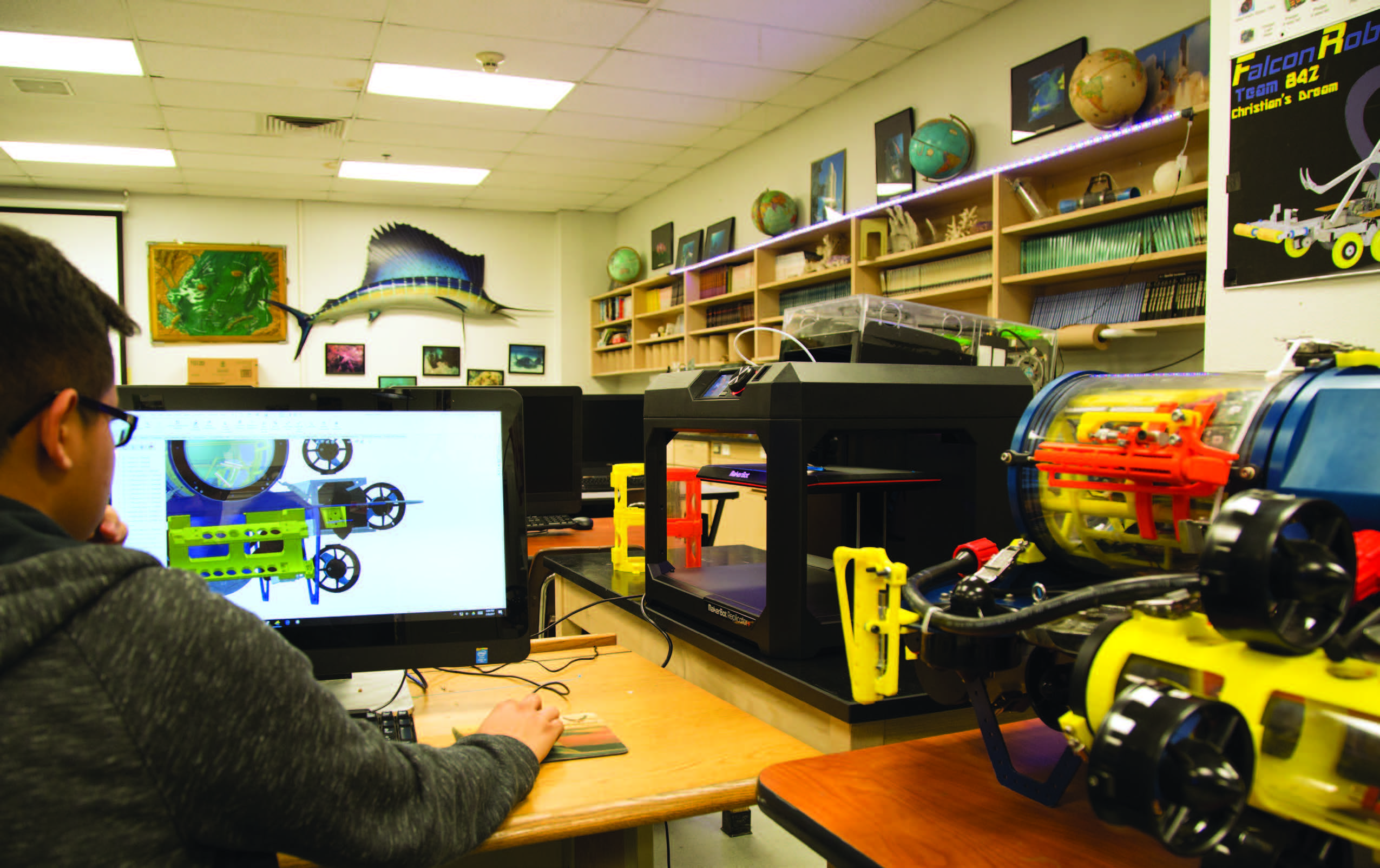 Building Robot Subs And Reinventing Stem Learning With Makerbot